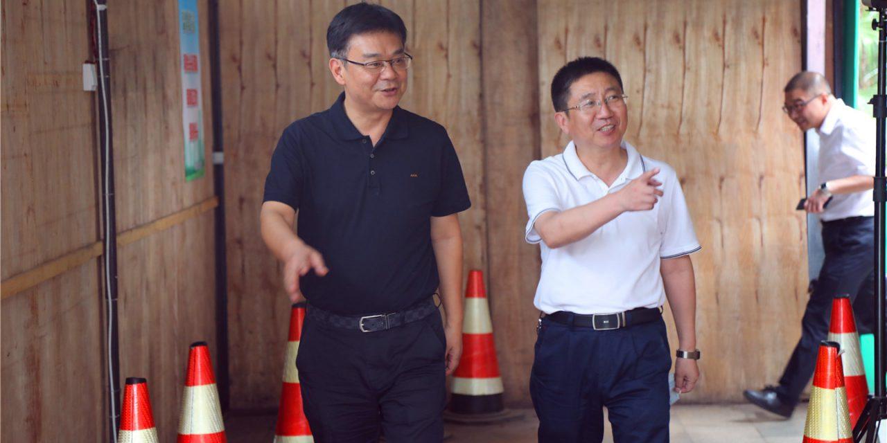 西充县人大常委会主任张伟一行到我校开展传染病防控执法检查